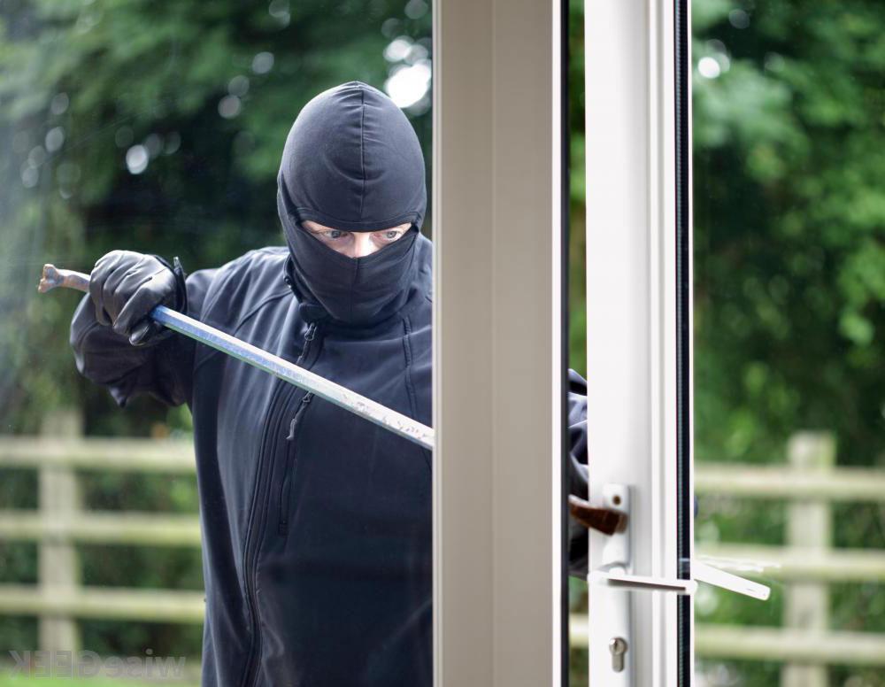 Evita a los intrusos en tu negocio con las mejores alarmas