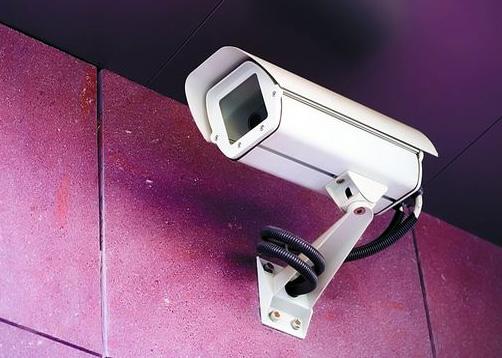 las cámaras te ayudara a no ser atacado por el hampa y poner en riesgo al resto del condominio