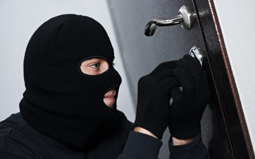La OCU alerta de que el 6% de los hogares españoles ha sufrido intentos de robo